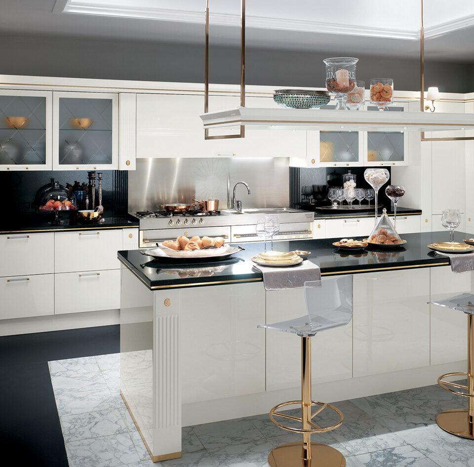 Mobili Lazzeretti, arredamenti zona giorno: cucina Scavolini Baccarat bianca