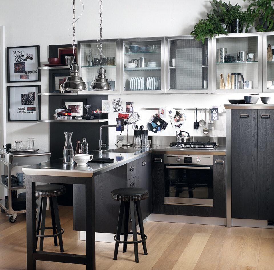 Mobili Lazzeretti, arredamenti zona giorno: cucina Scavolini Diesel